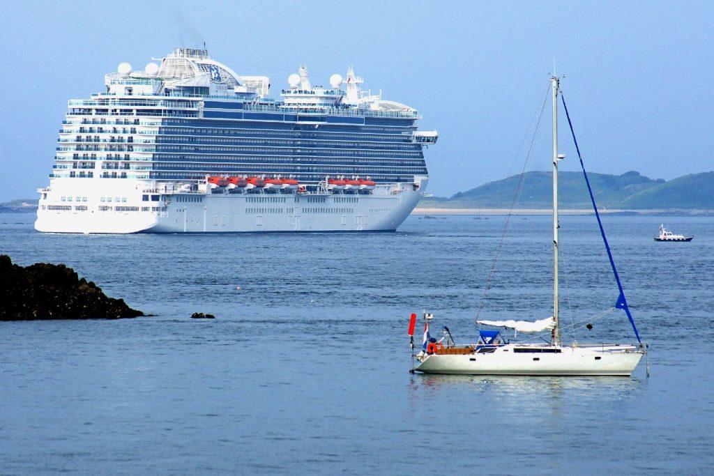 Cruise ship departing St. Peter Port